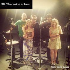 Teen Titans voice cast: Scott Menville (Robin), Tara Strong (Raven), Greg Cipes (Beast Boy), Khary Payton (Cyborg) and  Hynden Walch (Starfire)