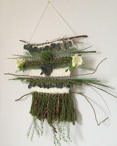 Je vous présente aujourd'hui ma participation au projet DIY. Une version inédite de tissage : découvrez pas à pas comment réaliser un tissage végétal.
