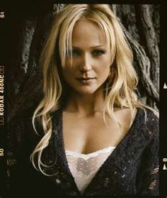 Jewel, love her, such a great singer