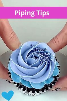 Piping Icing, Piping Tips, Mini Cakes, Cupcake Cakes, Cupcake Decorating Tips, Baking Gadgets, Piping Techniques, Beautiful Cupcakes, Candy Buffet