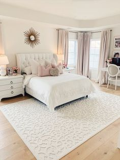 Home Decor Bedroom We love how The Pink Dream styled our Boucle Seaborn Natural Rug!Home Decor Bedroom We love how The Pink Dream styled our Boucle Seaborn Natural Rug! Dream Rooms, Dream Bedroom, Home Decor Bedroom, Bedroom Rugs, Bedroom Bed, Blush Bedroom Decor, Bedroom 2018, Warm Bedroom, Bedroom Themes