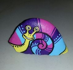 Painted rock snail by B-Brilliant Decorative painting