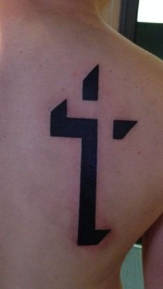 Little bit of me. 3D cross tattoo #cross #tattoo #3D Simple Cross Tattoo, Cross Tattoo For Men, Cross Tattoo Designs, Tattoo Design Drawings, Tattoo Designs Men, Tattoos For Guys, Tattoos For Women, Mago Tattoo, Tatau Tattoo