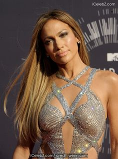Jennifer Lopez The 2014 MTV Video Music Awards at The Forum http://icelebz.com/events/the_2014_mtv_video_music_awards_at_the_forum/photo27.html