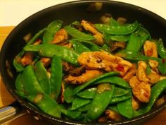 Once Upon A Feast - Every Kitchen Tells Its Stories: Stir Fry Ginger Chicken & Snow Peas Chicken Diet Recipe, Chicken Recipes, Stir Fry Ginger Chicken, Mushroom Stir Fry, Low Carb Cheesecake Recipe, Asian Stir Fry, Diet Recipes, Healthy Recipes, South Beach Diet