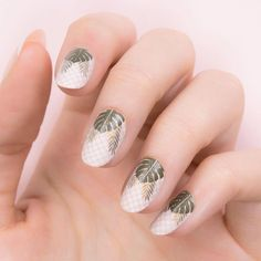 Bridal 09/10 // Tropical 23⠀ Polishes - White Knight // Cafe au Lait // Ginger Rust // Into the Woods