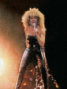 Check out Tina Turner @ Iomoio Patti Smith, Joan Jett, Soul Singers, Female Singers, Janis Joplin, Courtney Love, Tina Turner Proud Mary, Tina Turner Live, Tina Turner Albums