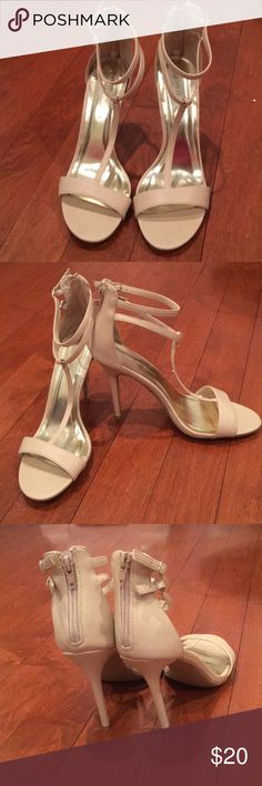 nude strappy heels size 10 nude strappy 4 inch heels with gold hardware. never been worn size 10. Wild Diva Shoes Heels