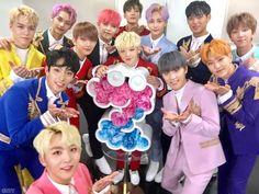 Seventeen kpop k-pop Carat Seventeen, Seventeen Debut, Jeonghan Seventeen, Seungkwan, Wonwoo, Hip Hop, Joshua Hong, Seoul Music Awards, Precious Children