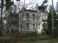 VILLA ANNA, Zeromski St, Konstancin-Jeziorna, Piaseczno County, Masovian Voivodeship, Poland. Albert Jankowski 12.27.2009