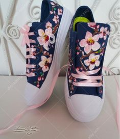 - Women shoes Wedges Summer Ankle Straps - - Comfortable Women shoes For Work High Heels Painted Sneakers, Hand Painted Shoes, Painted Clothes, Jeans And Sneakers, Men's Sneakers, Floral Sneakers, Shoes 2018, Decorated Shoes, Converse