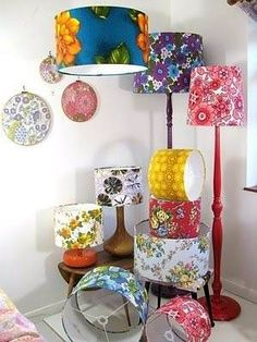 Such a cute idea, I would love to pick up old lamps at thrift stores and make these for gifts! Such a cute idea, I would love to pick up old lamps at thrift stores and make these for gifts! Upcycled Crafts, Diy And Crafts, Thrift Store Crafts, Thrift Stores, Rustic Lamp Shades, Lamp Makeover, Old Lamps, Creation Deco, Home And Deco