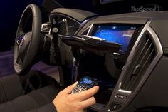 http://www.topspeed.com/cars/car-news/cadillac-s-new-cue-infotainment-system-will-make-its-debut-in-the-2012-xts-ar118049.html