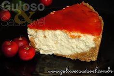 No #lanche temos esta linda Cheesecake com Geleia de Acerola, fresquinha, deliciosa e azedinha!  #Receita aqui: http://www.gulosoesaudavel.com.br/2012/06/05/cheesecake-geleia-acerola/