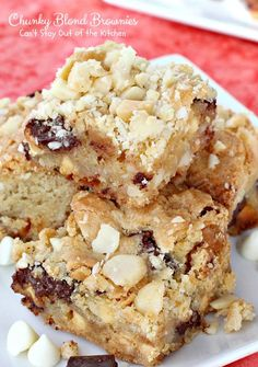 Chunky Blond Brownies is our favorite brownie recipe with chocolate chunks, vanilla chips and macadamia nuts. Wow!