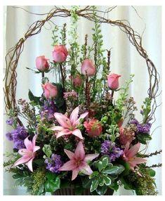 Funeral flowers - is-sit tiegħi Basket Flower Arrangements, Funeral Floral Arrangements, Altar Flowers, Church Flowers, Beautiful Flower Arrangements, Funeral Flowers, Beautiful Flowers, Flowers In Baskets, Flowers Garden