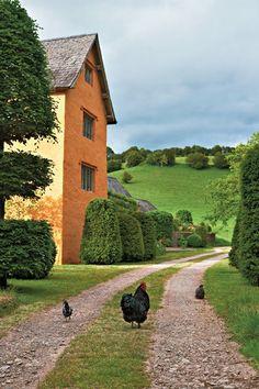 Allt-y-bela, the garden designer Arne Maynard's home in Wales, painted a Tuscan burnt orange.
