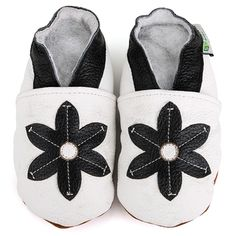 @Overstock.com - Baby Pie Flower Leather Infant Shoes - Outfit your little ones with these adorable Baby Pie infant/toddler shoes. These soft sole leather shoes are comfortable for babies and convenient for parents.  http://www.overstock.com/Baby/Baby-Pie-Flower-Leather-Infant-Shoes/5520988/product.html?CID=214117 $13.09