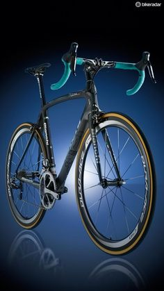 #BianchiOltreXR2 £10,000.00 - Newest Oltre pushes performance limits!