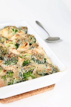 Zalmschotel met broccoli en aardappeltjes