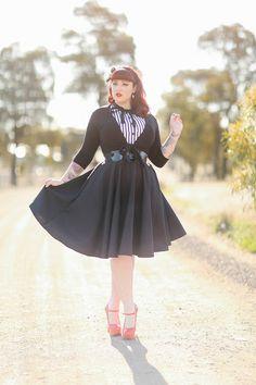 Curves to Kill...: Haute Honey Teer Wayde in the Heart of Haute Circle Skirt