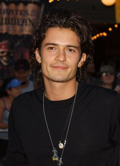 Orlando Bloom at the Premiere of 'Pirates of the Caribbean: Curse of the Black Pearl' - Pictures - Zimbio
