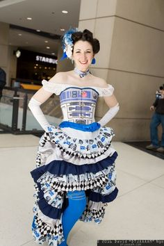 r2d2 can can costume by Lauren Zawilenski. Photo by David Ngo
