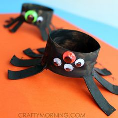 Two Toilet Paper Roll Spider Crafts for Kids - Crafty Morning Halloween Crafts For Kids To Make, Halloween Art Projects, Halloween Activities For Kids, Craft Projects For Kids, Diy Crafts For Kids, Preschool Ideas, Halloween Kids, Fun Activities, Ghost Crafts