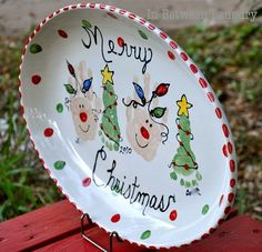 Great idea for plate to place cookies and milk for Santa