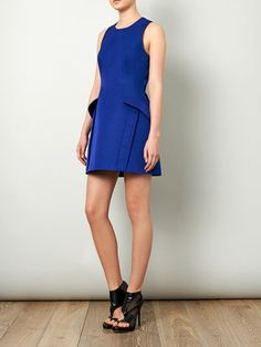 Pocket side fitted dress