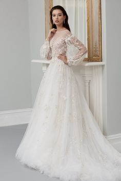 Leading designers share the bridal trends set to dominate in 2019 While romantic bridal styles never date, Steven Khalil said that they will be on trend more than ever in the next 12 months (pictured: his design) Best Wedding Dresses, Bridal Dresses, Wedding Gowns, Prettiest Wedding Dress, Winter Wedding Dress Ballgown, Wedding Reception, Lace Wedding, Wedding Ideas, Wedding Dress Silhouette