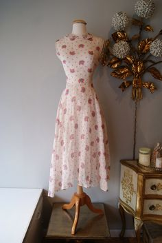 1950's Dress // Vintage 1950's Dress // Vintage by xtabayvintage, $198.00