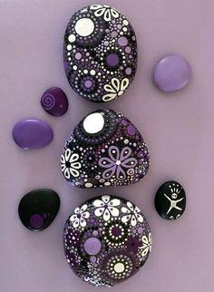 Rock Art Painted Rocks Natural Home Decor Mandala Design - Hand Painted Rocks – Painted Stones – Mandala Design – Purple Nature Art Rocks. Painted River Rocks, Mandala Painted Rocks, Mandala Rocks, Hand Painted Rocks, Painted Stones, Painted Pebbles, Pebble Painting, Dot Painting, Pebble Art