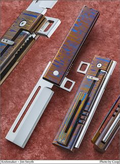 Pretty Knives, Cool Knives, Knives And Tools, Loki Son, Tomahawk Axe, Mens Toys, Battle Axe, Damascus Blade, Handmade Knives