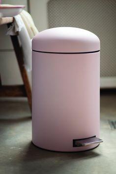Brabantia Treteimer Retro Bin, M?lleimer, Abfalleimer, Papierkorb mit Kunststoffeinsatz und Fl?sterdeckel, Mineral Pink, 12 Liter, 482502: Amazon.de: Küche & Haushalt