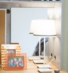 Desk Cubby Mirror – Dorm-Decor