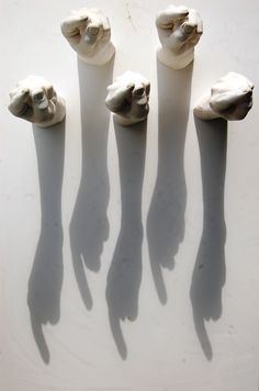 www.ivavianaescultura.com  https://www.facebook.com/IvaVianaEscultura