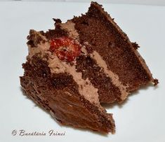 tort cu visine, tort cu ciocolata si visine, tort cu fondat, tort acoperit cu fondant Something Sweet, Dessert Recipes, Desserts, Fondant, Sweets, Food, Deserts, Tailgate Desserts, Gummi Candy