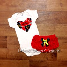 more photos 5ed67 1ca84 Chicago Blackhawks Outfit by BebeSucreOnline on Etsy https   www.etsy.com