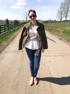 Sharing a new blouse from Target that's perfect for Spring & Summer // Helen Loves Target Jeans, Cute Blouses, Cute Tops, Warm Weather, Everyday Fashion, Spring Outfits, Lifestyle Blog, Spring Fashion, Blogging