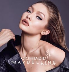 "Polubienia: 378.4 tys., komentarze: 1,744 – Gigi Hadid (@gigihadid) na Instagramie: ""INTRODUCING the #GIGIxMAYBELLINE EAST COAST GLAM COLLECTION. The Gigi x @Maybelline East Coast Glam…"""