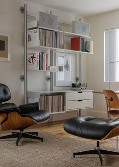 Vitsoe 606 Shelving System and Braun L 450/1 speakers both by Dieter Rams.