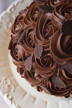 Nguyên liệu tốt làm nên những chiếc bánh ngon  http://www.belcholat.com/vi/sanpham/chocolate-nguyen-lieu.html