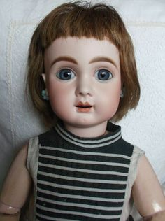 My eBay Active Old Coins, Ebay Auction, Bisque Doll, Antique Dolls, Vintage Toys, My Ebay, Antiques, Porcelain, French
