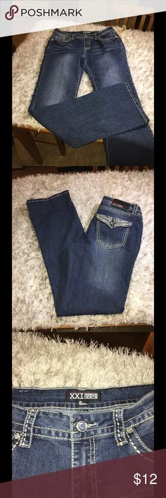 NWT XXI Bootcut Jeans Size 29 New with tags!   Bootcut jeans by XXI.  Medium blue rinse color with designer fading.  Pockets are decorated.  Size 29. Inseam is 33 inches.   Important:   All items are freshly laundered as applicable prior to shipping (new items and shoes excluded).  Not all my items are from pet/smoke free homes.  Price is reduced to reflect this!   Thank you for looking! XXI Jeans Boot Cut