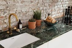 green marble top
