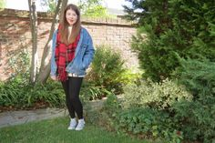 Islay shows us how denim jackets are great for in between seasons at http://www.islaay.com  Choose yours now at http://www.bragvintage.co.uk  #bragvintage #denimjacket #vintagedenim #levis