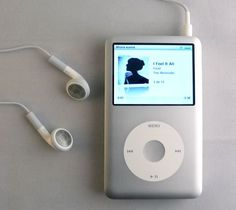 Don't let anyone telling you anything different, ipod classic is the best ♥ - magdalena Ipod Classic, Retro Aesthetic, Music Aesthetic, Korean Aesthetic, Classic Songs, Apple Products, Aesthetic Pictures, Childhood Memories, Smartphone