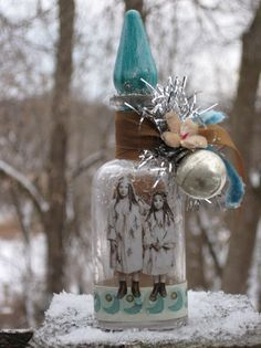 vintage xmas lightbulb in top!