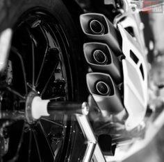 Motorcycles - MV Agusta - daniphotodesign.com